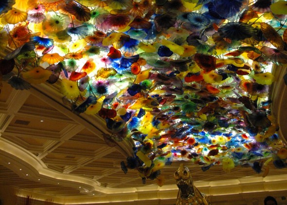 Chihuly glass ceiling in the lobby of The Bellagio